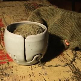 Yarn bowl (celadon glaze) *n/a